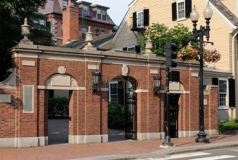 Harvarduniversitetet för 1857 port royaltyfri foto