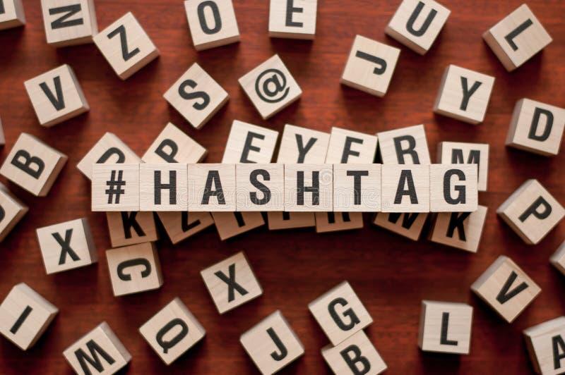 Hashtag在立方体的词概念 库存照片