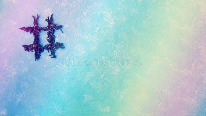 Hashtag de ketmie de thé sur un fond bleu avec un arc-en-ciel Typographie de nourriture ?l?ment de conception photographie stock