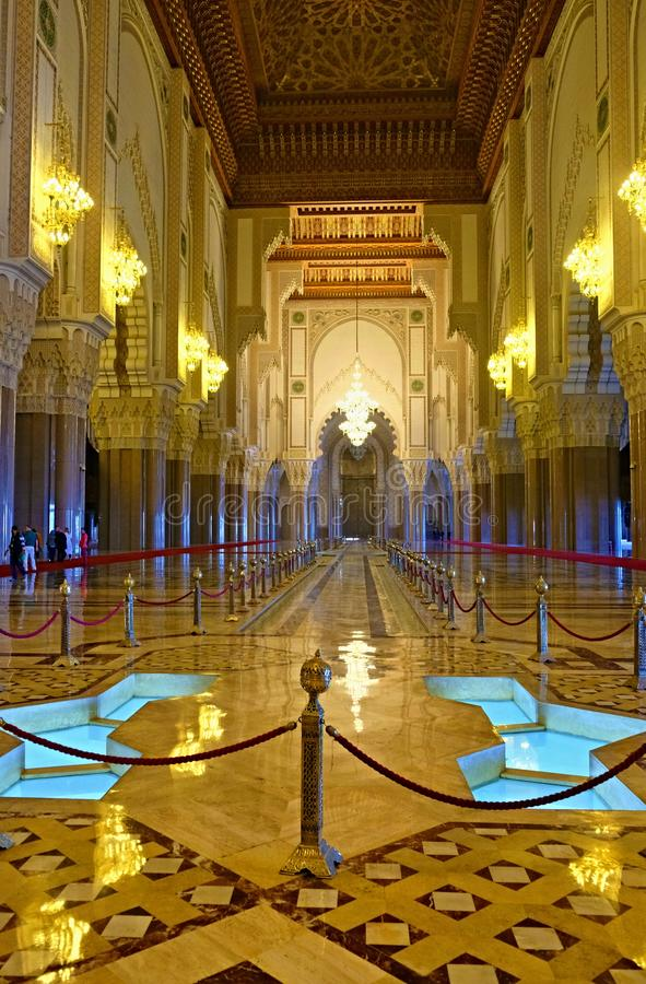 Hassan II Moskee of Grande-Moskee Hassan II is een moskee in Casablanca, Marokko Het is de grootste moskee in Afrika, en royalty-vrije stock fotografie
