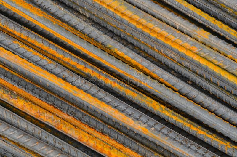 Hastes ou barras de aço usadas para reforçar o concreto, fotografia de stock