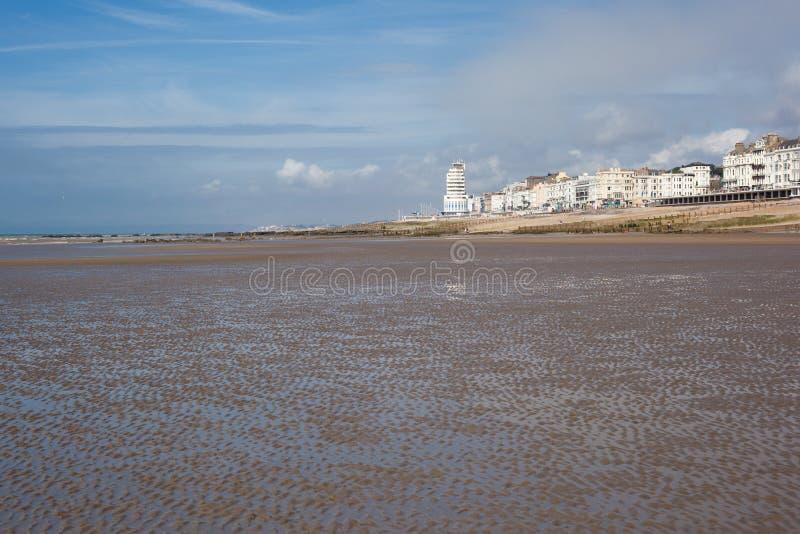 Hastings havsframdel i ett lågvatten royaltyfri foto