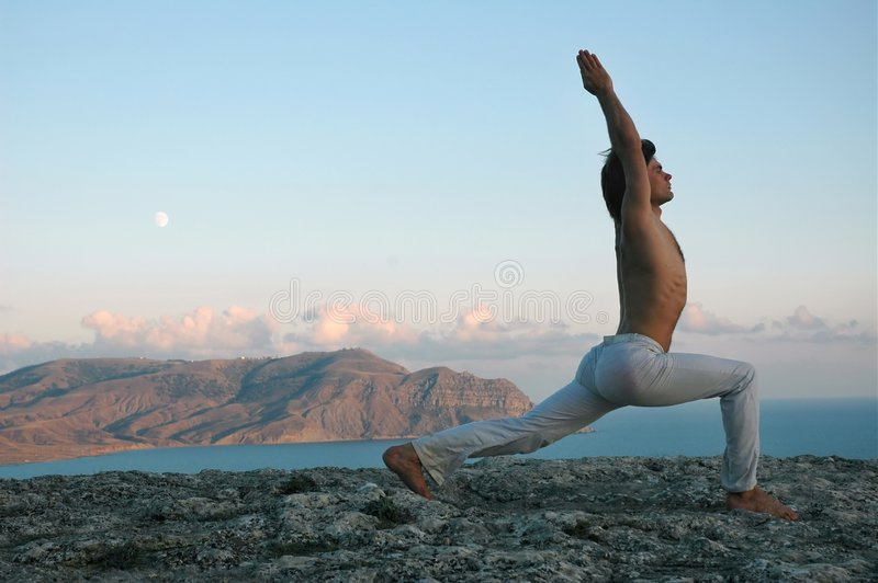 Hatha-yoga : virabhadrasana photo stock