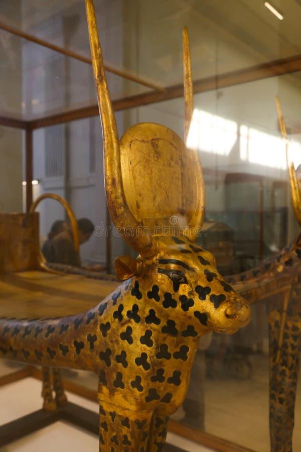 Hathour gudinna av den spända Ankh Amonskatten - egyptiskt museum arkivbild