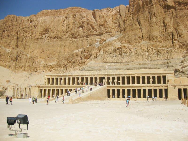 Hatshepsut Tempel stockfotos