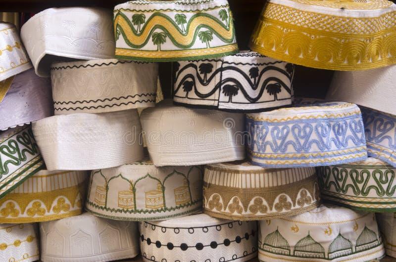 Hattar på skärm Fes medina Marocko fotografering för bildbyråer