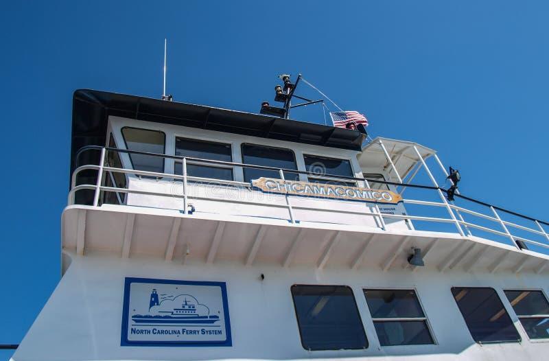 Hatteras ao ferryboat de Ocracoke imagens de stock