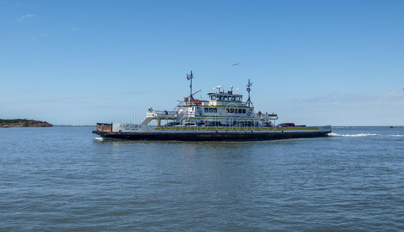 Hatteras ao ferryboat de Ocracoke fotos de stock