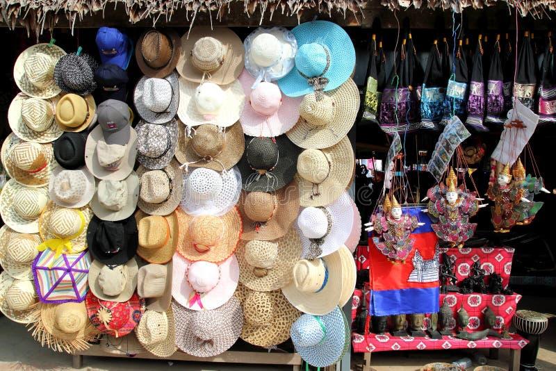 hattförsäljning arkivfoto