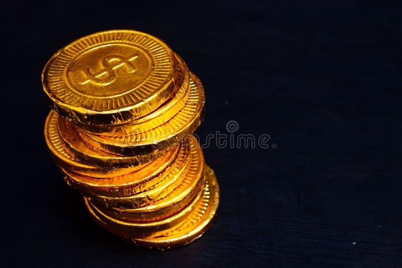 Haufen der Goldmünze stockfoto