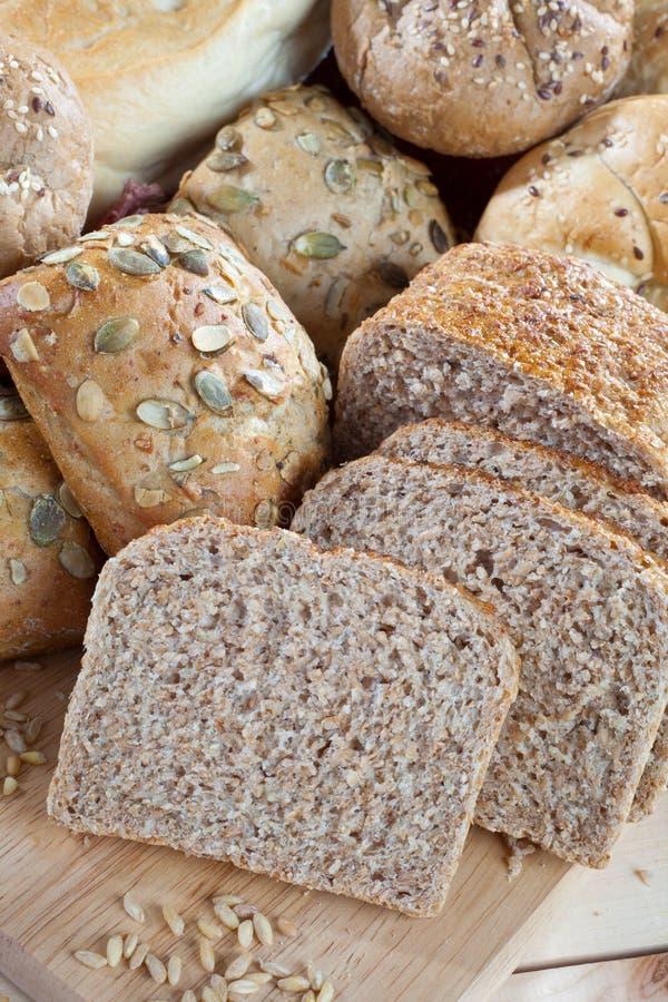 Haufen des diätetischen Brotes lizenzfreie stockbilder