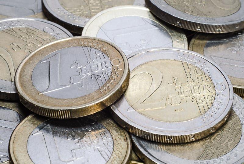 Haufen des Euros prägt Nahaufnahme lizenzfreies stockfoto