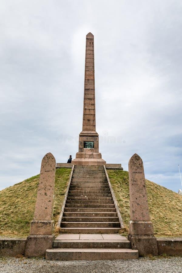HAUGESUND, NOORWEGEN OP Januari 2018 Haraldshaugen, het oude norse graf van Harald Fairhair ` s Het Nationale Monument binnen stock foto's
