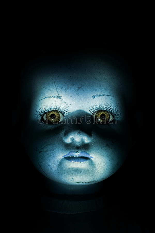 Free Haunting Child S Doll Face Stock Image - 29533151