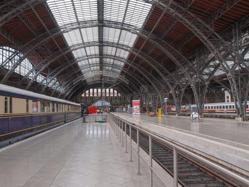 Hauptbahnhof Leipzig royaltyfri bild