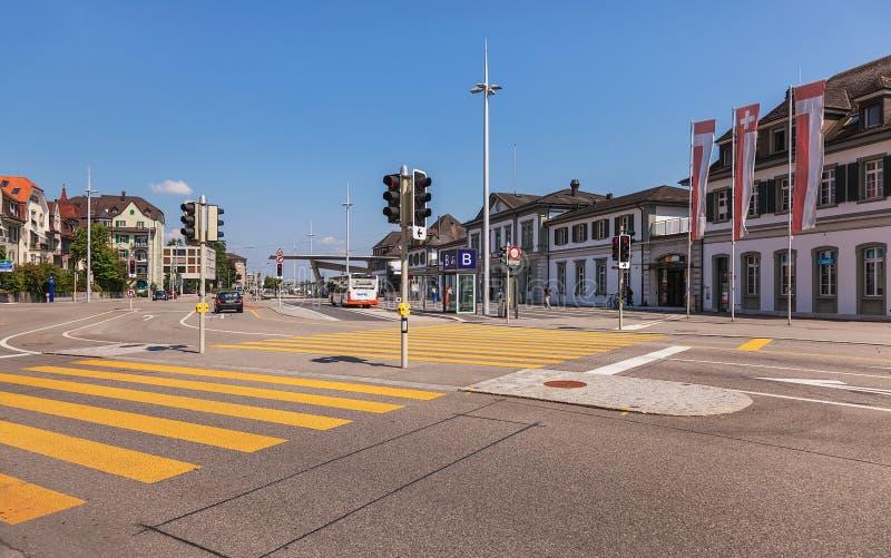 Hauptbahnhofplatz-Quadrat in Solothurn, die Schweiz lizenzfreie stockfotografie