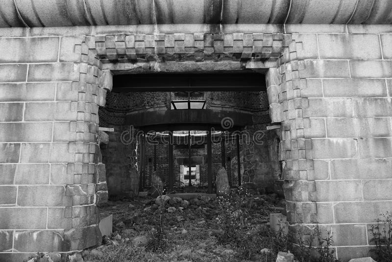 Haupteingang zum Atombomben-Haubengebäude, Hiroshima-Friedensdenkmal, Japan stockbild