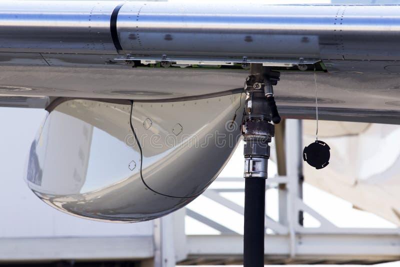 Hauptfahrwerk von Großraumflugzeugen lizenzfreie stockbilder