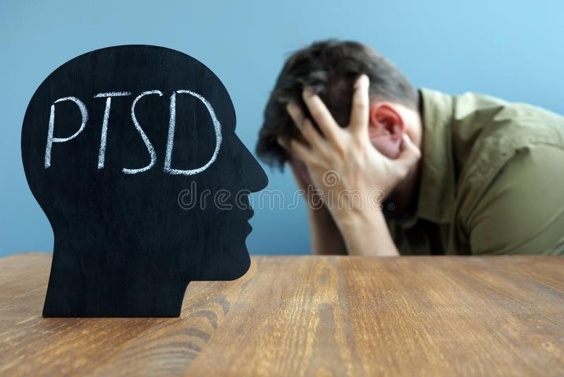 Hauptform mit traumatischem Belastungssyndrom PTSD-Postens stockbilder