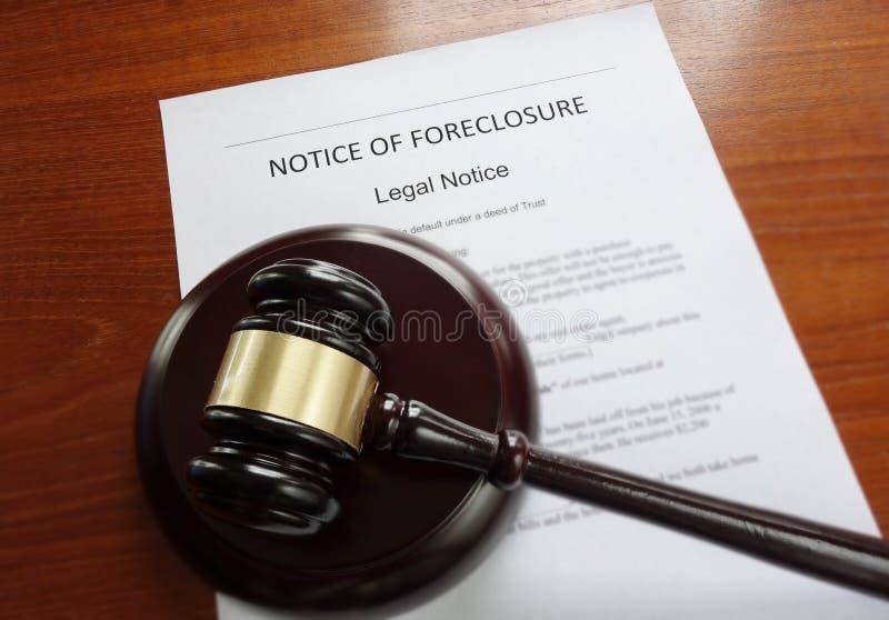 Hauptgerichtliche verfallserklärung und Hammer lizenzfreies stockfoto