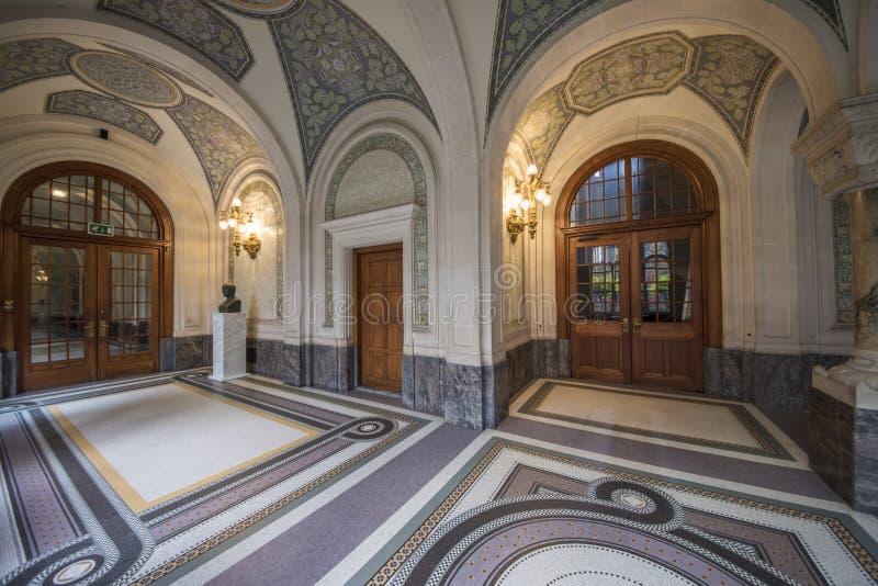 Download Haupthall Des Friedenspalastes Stockfoto - Bild von schlichtung, innen: 96931890