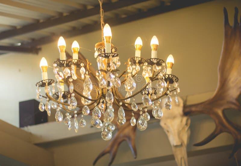 Hauptinnenraum Leuchter auf Decke Weinleseleuchter lizenzfreies stockfoto