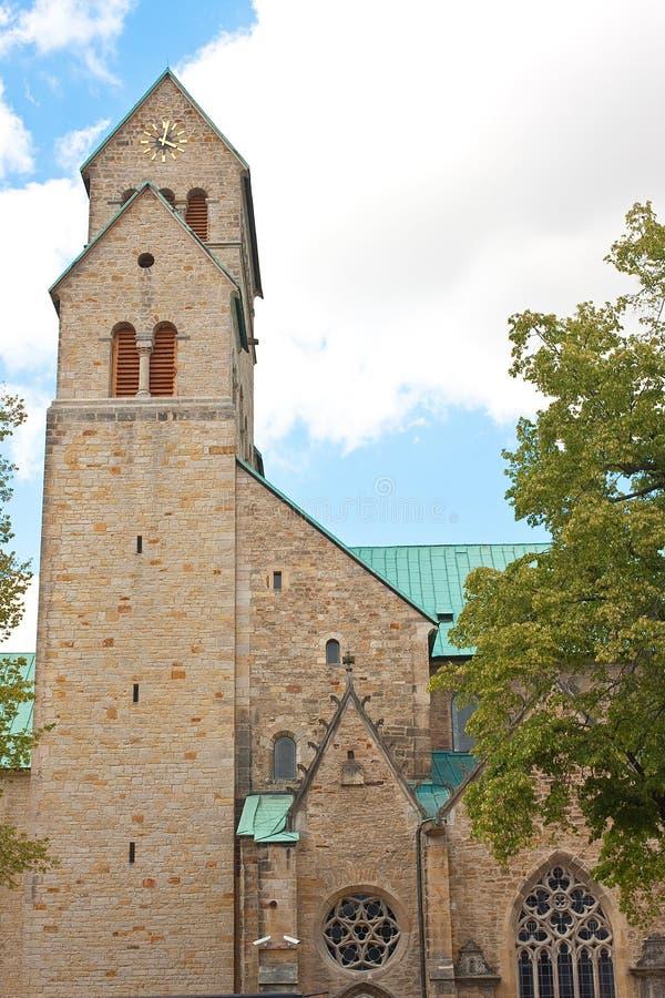 Hauptkathedrale Hildesheims (Dom auf Deutsch) lizenzfreie stockfotos