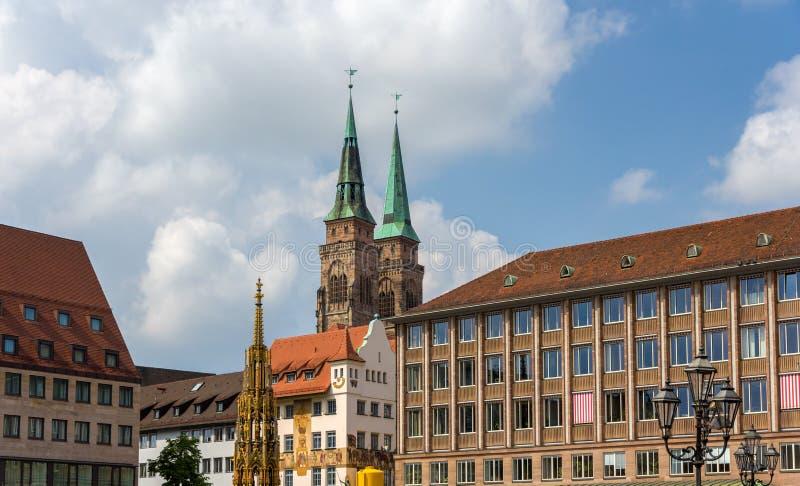 Hauptmarkt, la place centrale de Nuremberg images libres de droits