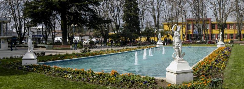 Hauptplatz von Angol, Chile stockfotos