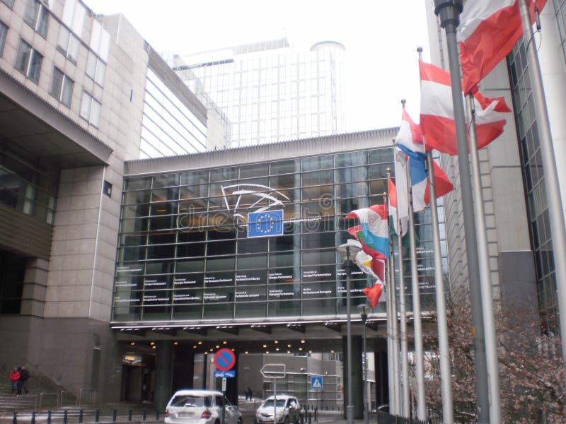 Hauptsitze der Europäischen Wirtschaftsgemeinschaft, die an einem Snowy-Tag in Brüssel errichten 22. März 2013 Br?ssel, Belgien F lizenzfreies stockbild