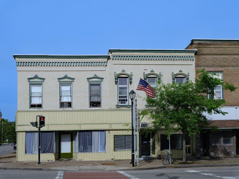 Hauptstraße der altmodischen amerikanischen Kleinstadt lizenzfreies stockbild
