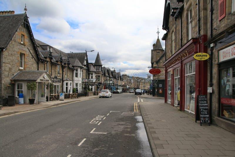 Hauptstra?e in Pitlochry Schottland lizenzfreie stockfotografie