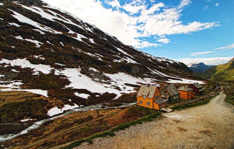 Haus in den Bergen stockfotos