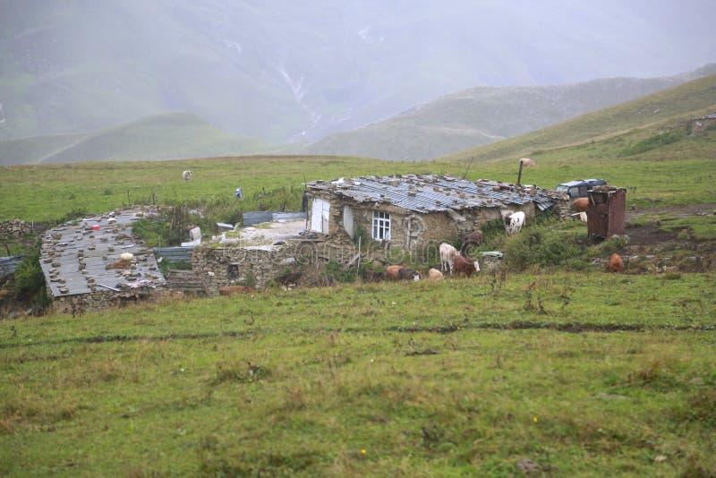 haus in den bergen von tschetschenien stockbild bild von haus einsiedler 51207317. Black Bedroom Furniture Sets. Home Design Ideas
