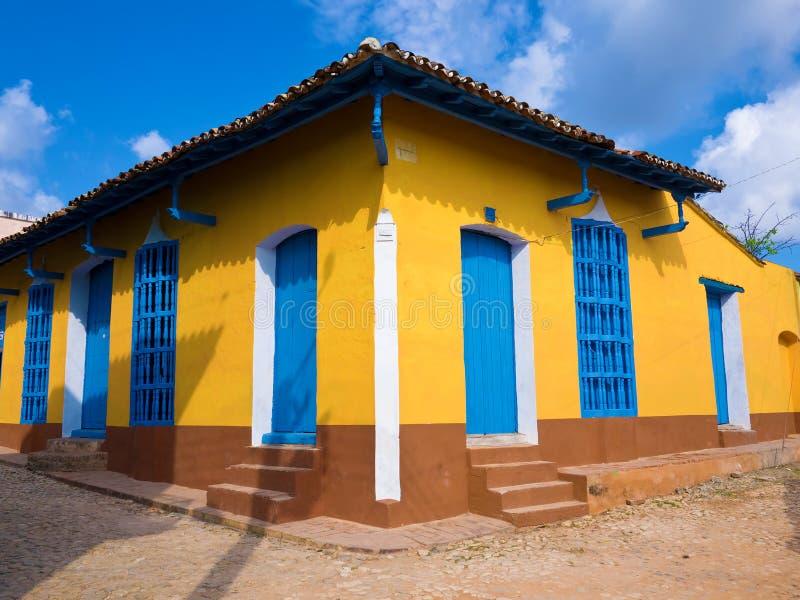 Haus in der Kolonialstadt von Trinidad in Kuba lizenzfreies stockbild