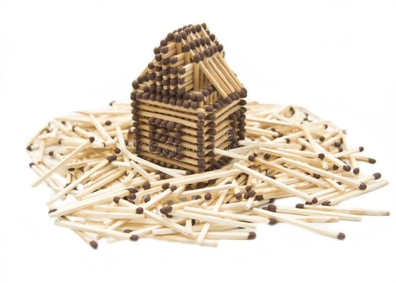 Haus gebaut vom Match stockbilder