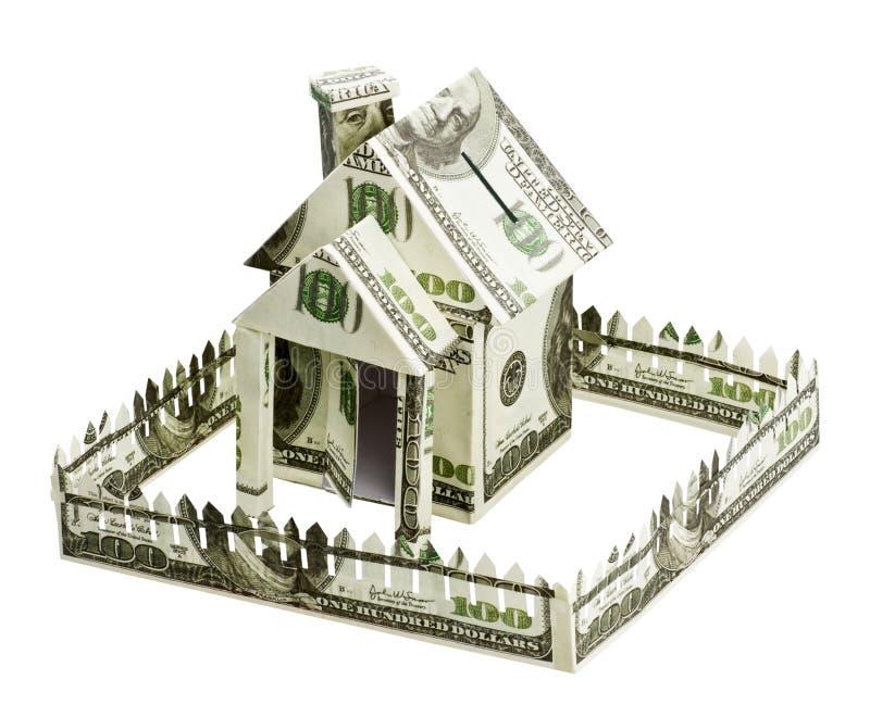 Haus gebildet vom Geld stockbild