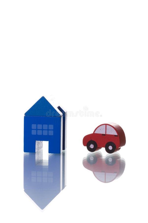 Haus und Auto stockbilder