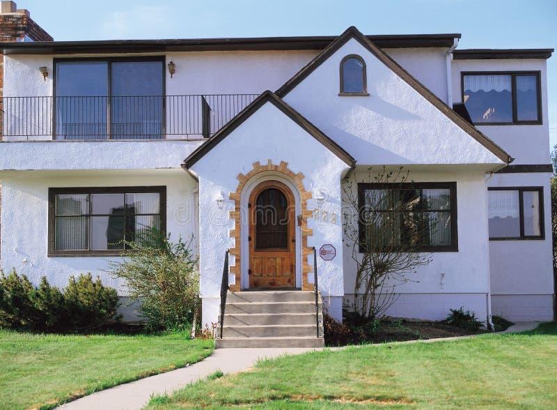 Haus und Tür lizenzfreies stockbild