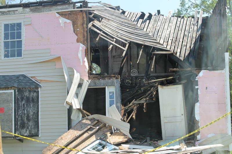 Haus in Virginia zerstört von Hurricane Irene 2011 stockbild