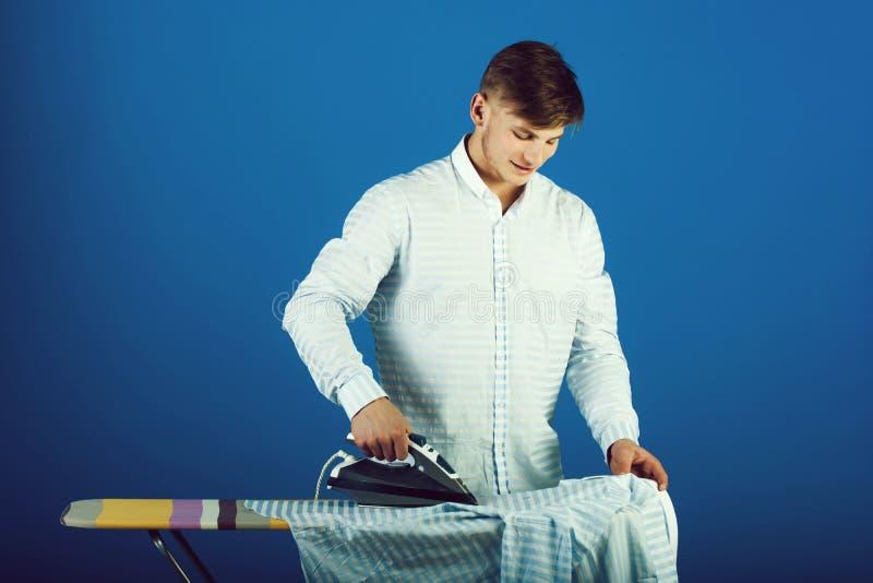 Hausarbeit- und Modekonzept stockbild