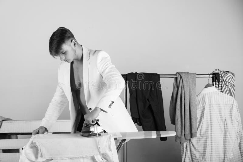 Hausarbeit- und Modekonzept stockfotografie