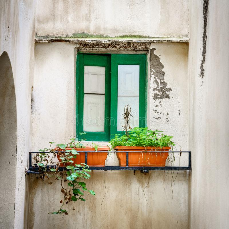Hausfenster in Salina lizenzfreie stockfotos