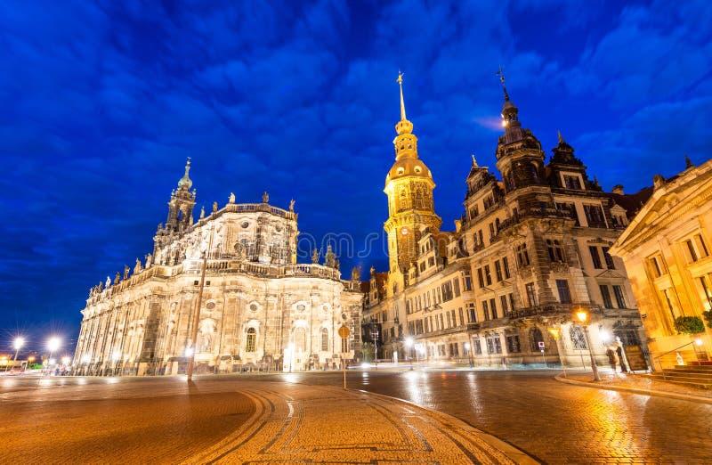 Hausmannsturm (Hausmann-toren) van Residenzschloss (Royal Palace) stock fotografie