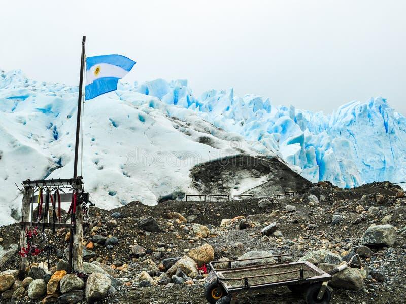 hausse de l'équipement sur la glace photos stock