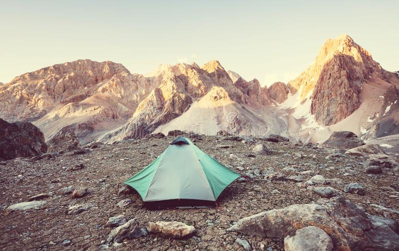 Hausse en montagnes de Fann images stock
