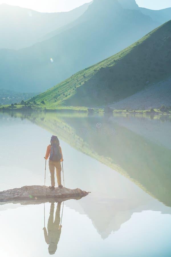 Hausse en montagnes de Fann photo libre de droits
