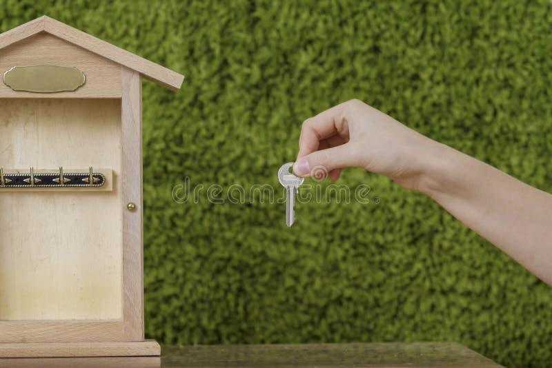 Hausversicherung, schützend lizenzfreies stockbild