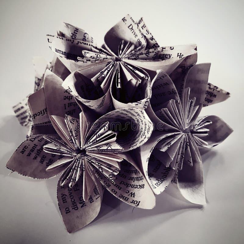Haut étroit d'origami fait main de pages de livre images libres de droits