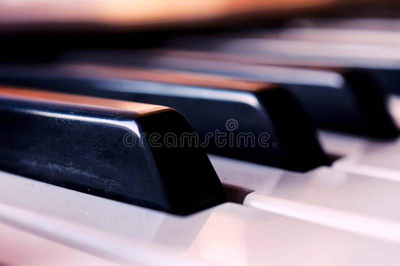 Haut étroit de piano images stock